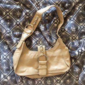 🌼🔥SALE🔥Guess Handbag 👜🌼